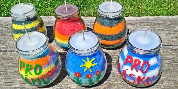 Výroba vonných svíček se svěžím éterickým olejem z citronové trávy