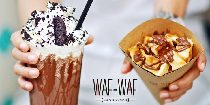 Kousky vafle ve skořicovém cukru, nutella a zmrzlinový milkshake ve Waf-Waf