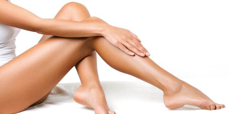 Brazilská depilace cukrovou pastou pro ženy: celé nohy či intimní partie