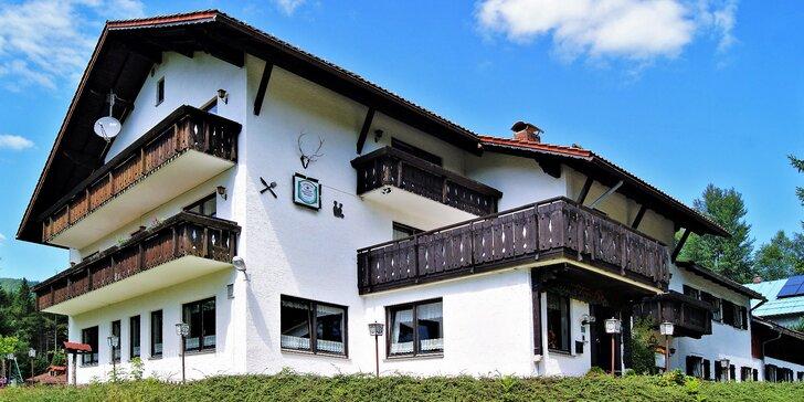 Klidná dovolená na bavorské straně Šumavy s polopenzí, saunou i kuželkami