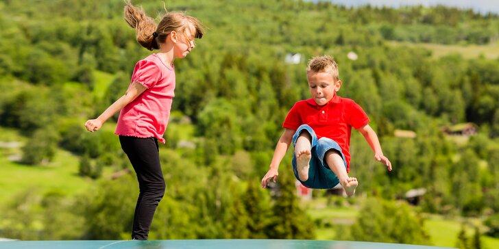 Červen plný adrenalinových atrakcí pro děti: horské káry, tubing i trampolíny