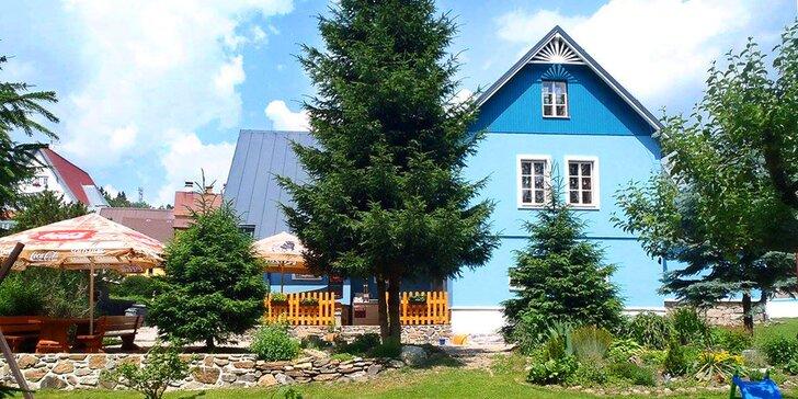 3–8 dní s polopenzí v Krkonoších v Modrém penzionu se zahradou plnou her