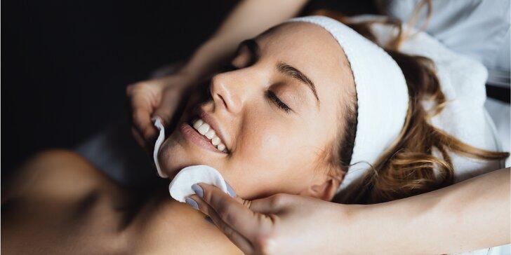Hloubkové čištění pleti ultrazvukovou špachtlí, masáž i barvení obočí