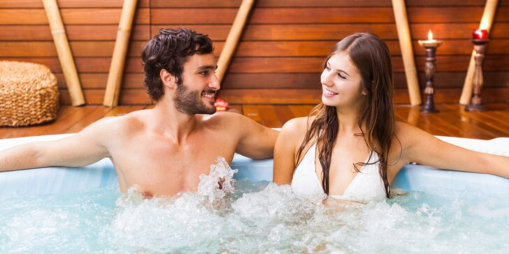 Lenošení v privátním wellness pro dva: 90 minut whirlpoolu a sauny