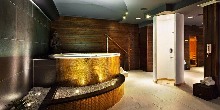 Relax v privátním wellness centru až pro 4 osoby: vířivka, sauna i aroma pára