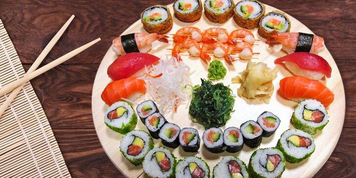 33 kousků v lahodném sushi setu: maki, nigiri, alaska s kaviárem i krevety