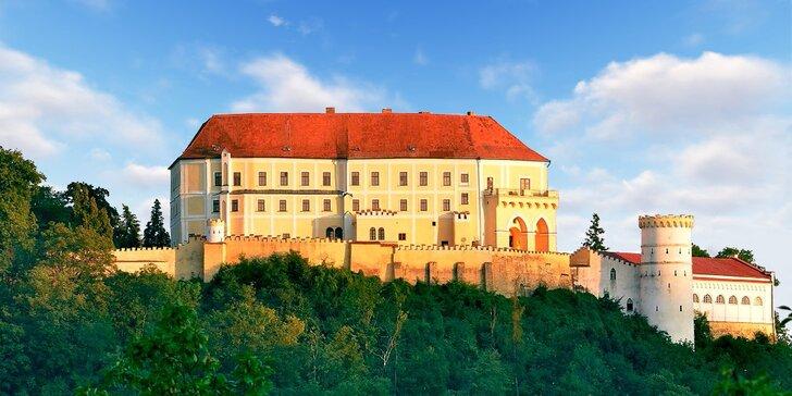 Romantický pobyt v historickém apartmánu na zámku Letovice vč. prohlídky