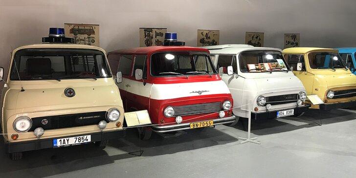 Rodinný vstup do muzea veteránů: rozsáhlá sbírka historických vozů i hraček