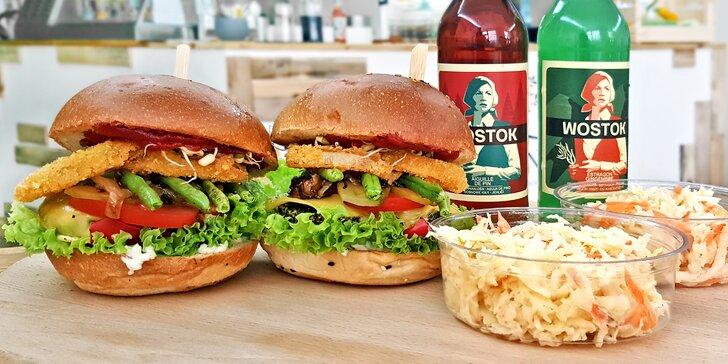 Lehce stravitelný zeleninový burger s domácí omáčkou, přílohou a limonádou