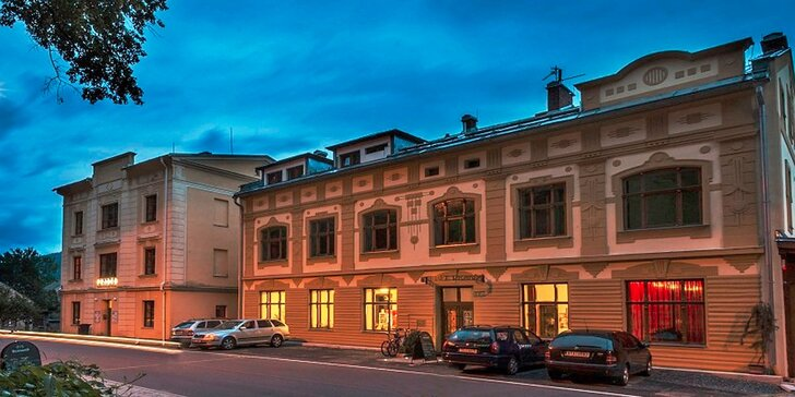 3 nebo 4denní relax v Jeseníkách: historický wellness hotel s polopenzí