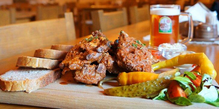 ½ kg nebo kilo žeber v zámecké restauraci s prohlídkou zámeckého pivovaru