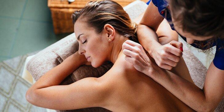 Hoďte starosti i bolesti za hlavu: výběr z masáží v délce až 90 min.