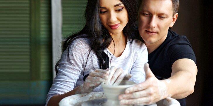 Vyrobte si hrnek zamilovaných: párové točení na hrnčířském kruhu