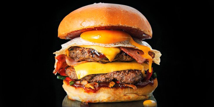 Burger menu: Hamburger dle výběru, hranolky, salát i pití v Lysé a Mělníku