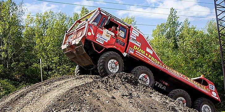 Drtivá jízda v kabině giganta: Tatra 813 8x8 Truck Trial na 30 minut