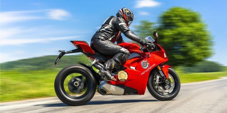 Zažijte adrenalinovou jízdu na závodní Ducati: 40 minut nebo 8 hodin