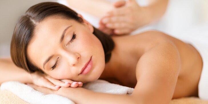 Masáže dle výběru: 60minutová relaxační, aromaterapeutická či lymfatická
