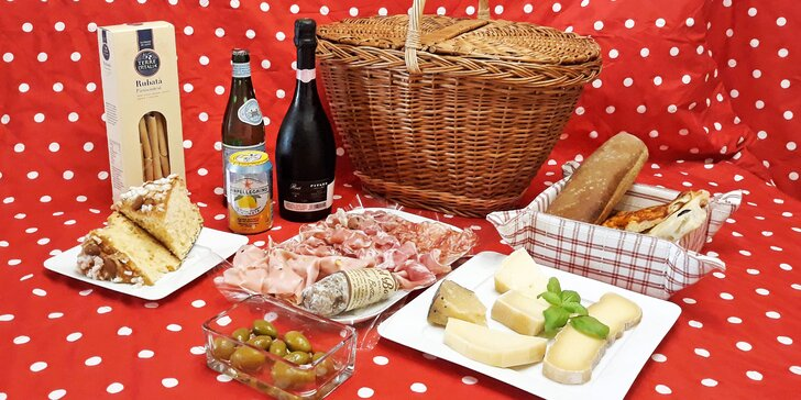 Zajděte na piknik: piknikové koše plné italských dobrot pro dva
