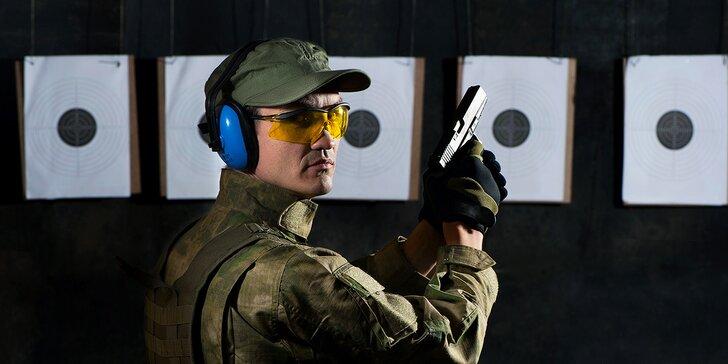 Střelecké balíčky pro děti i partu: pistole, revolvery, samopal i útočná puška