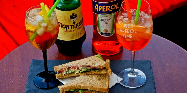 Osvěžující Aperol nebo Amaro Montenegro spritz a třeba i sendvič