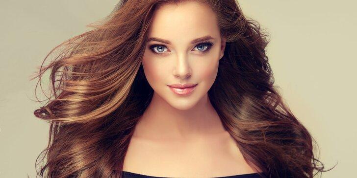 Regenerace pro vaše vlasy: keratinový zábal nebo hloubková kúra vč. střihu