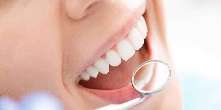 Pryč se zubním kamenem: Dentální hygiena včetně pískování Air-flow