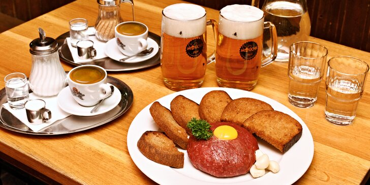 Poctivý 300/500g hovězí tatarák a vydatná porce topinek – varianty i s pivem