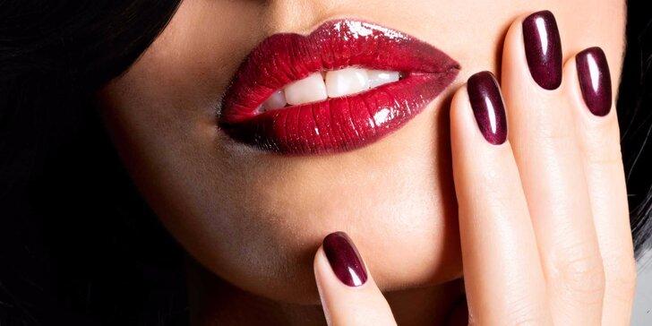 Krásné a odolné nehty: modeláž nehtů gelem v odstínech dle výběru