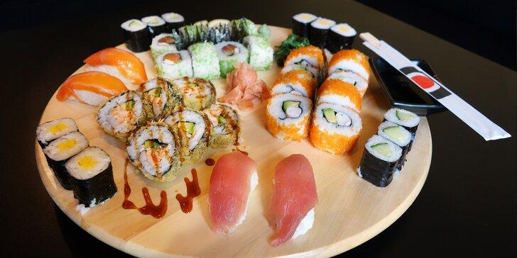 Sushi set Big Sake: maki okurka, maki omeleta, california roll i nigiri losos