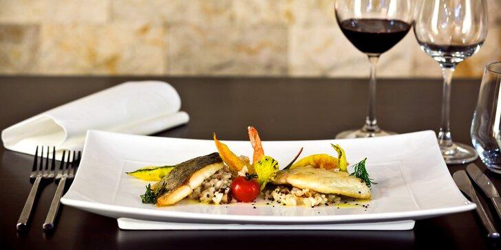 4chodové degustační menu: hovězí entrecôte s foie gras nebo filety dorády
