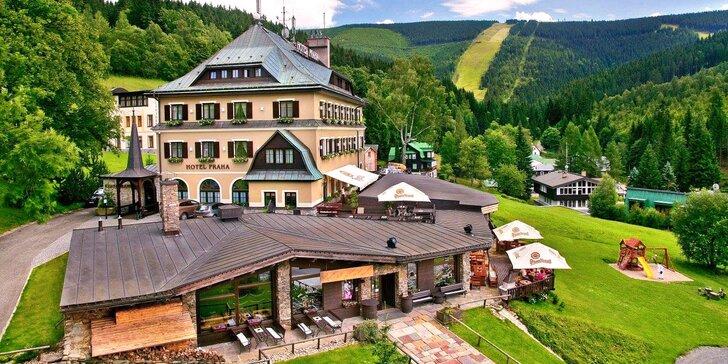 Letní pobyt v Krkonoších: skvělá polopenze a neomezený relax ve wellness
