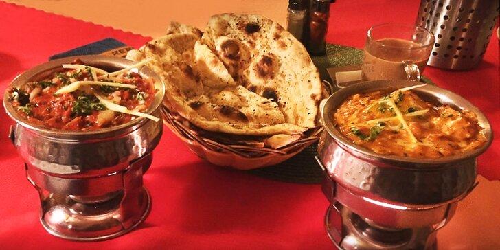 Umění indických kuchařů: polévka a kuřecí hlavní chod dle výběru pro 2