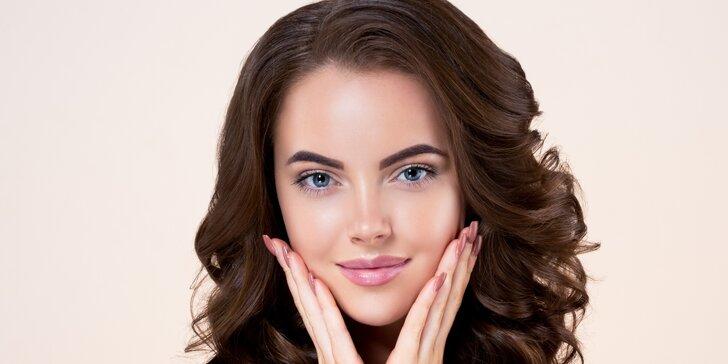 Nabitý balíček kosmetické péče: ošetření obličeje možno i s dekoltem