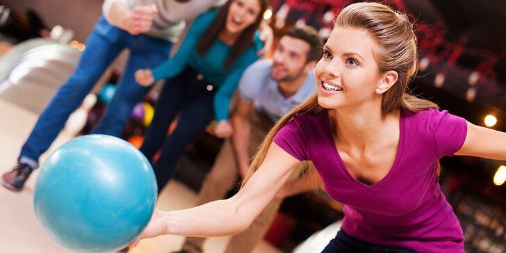 Rozkulte to: hodinová hra bowlingu pro partu až 8 kamarádů