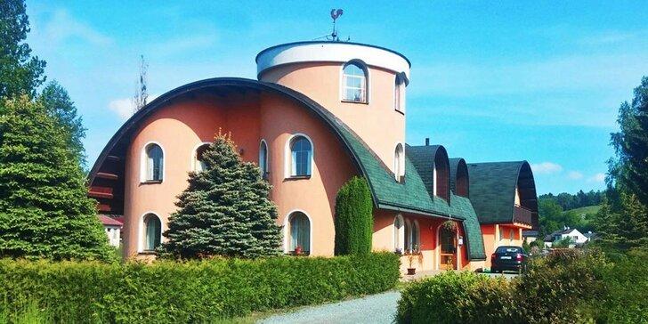Třídenní pobyt pro dva nedaleko Adršpachu se snídaní a venkovním bazénem