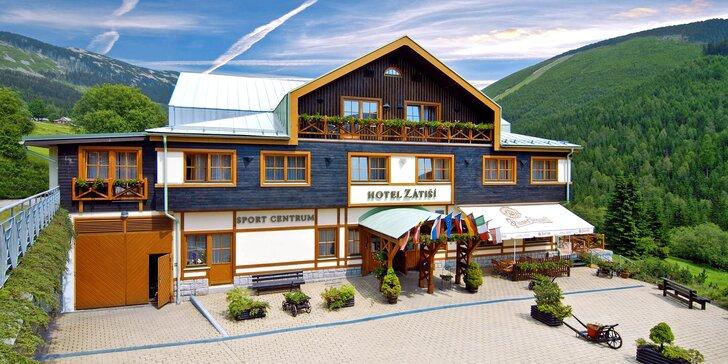Podzim v horském hotelu ve Špindlerově Mlýně s wellness a polopenzí
