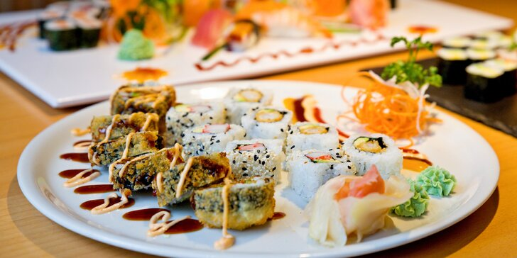 13, 22 nebo 28 kousků sushi v dobře hodnocené restauraci Umami v centru