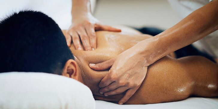 Tradiční čínská masáž krční a hrudní páteře s akupresurou – počítačový syndrom