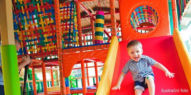 Jde se řádit: Celodenní dětský vstup do parku Šaškárna s prima atrakcemi