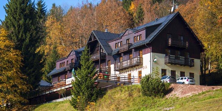 Podzimní pobyt ve Špindlu: polopenze, sauna, vířivka a slevy na aktivity