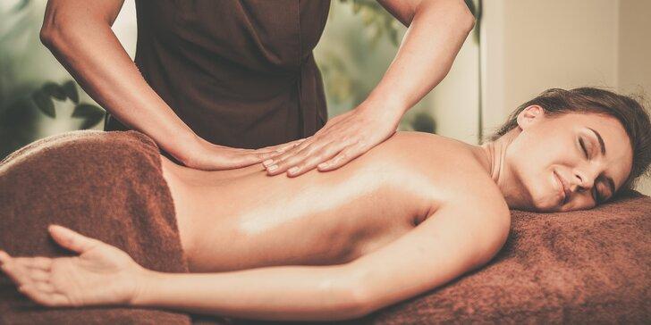 Hodinová dovolená: thajská masáž dle výběru v hotelu Royal