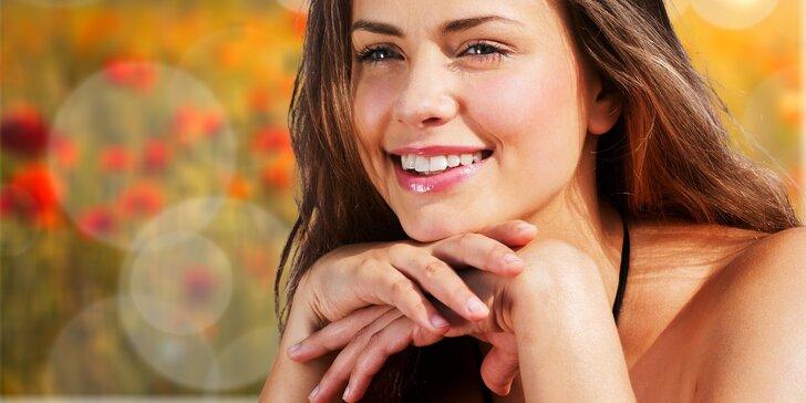 Letní vitamíno-hydratační pleťová vzpruha s rejuvenací obličeje