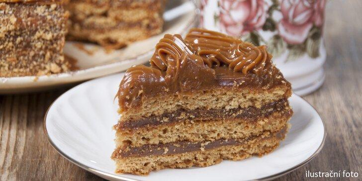 Čokoládovo-oříškový dort Arménka s osobním odběrem v Ostravě-Zábřeh