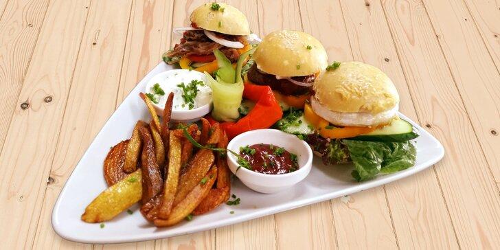 Burgery ve středověkém hostinci: s hermelínem či trhaným hovězím