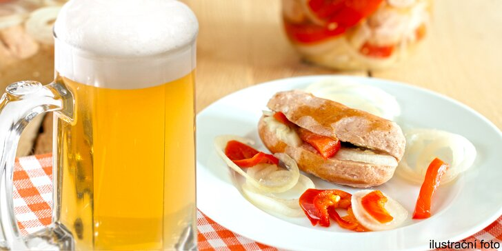 Dostaveníčko v Dostavníku: 2 piva ze široké nabídky nebo pivo a utopenec