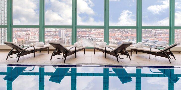 Pobyt ve 4* hotelu Panorama blízko metra se snídaní a neomezeným wellness