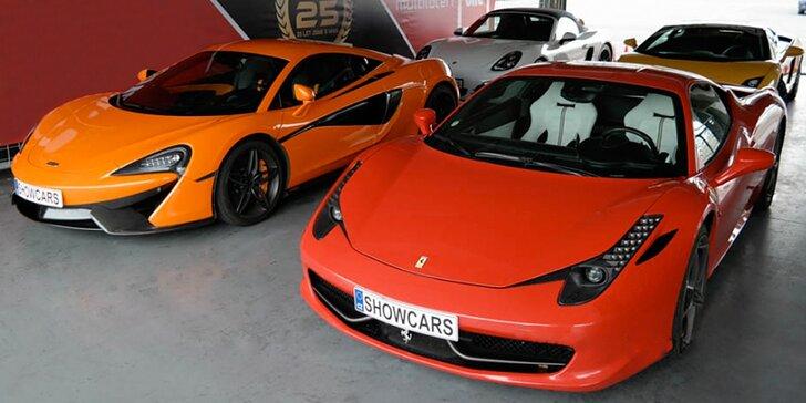 Porovnejte dva nadupané supersporty: 2x 20 minut řidičské extáze