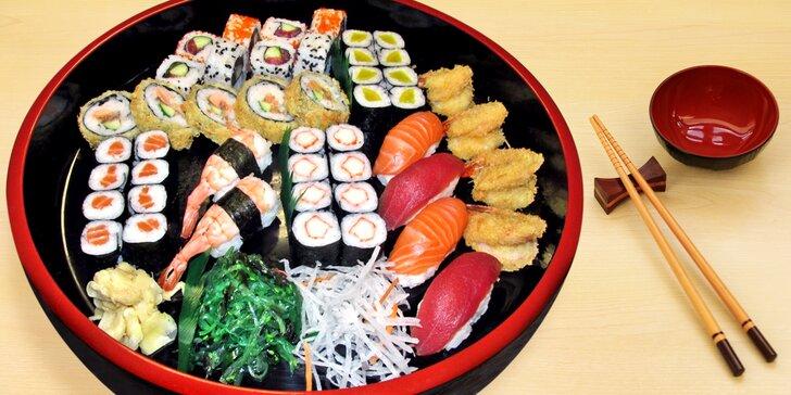 Sushi set se 47 kousky: krevety, losos, avokádo i tuňák