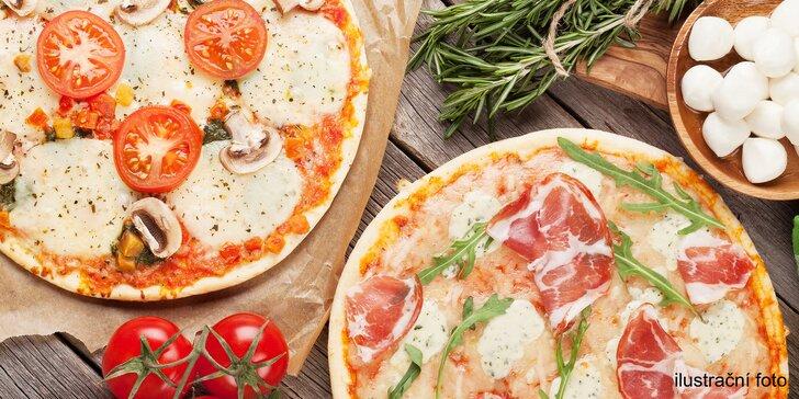 Itálie u tenisových kurtů: 2 pizzy o průměru 32 cm podle výběru