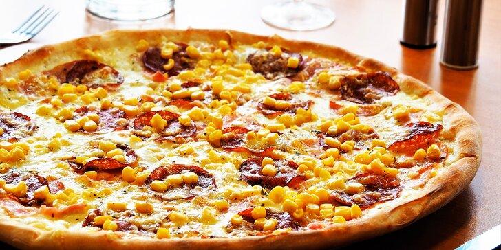 1 nebo 2 pizzy o průměru 35 cm z bohaté nabídky, možnost rozvozu po Brně